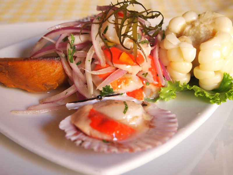 Cebiche de conchitas light and delicious.